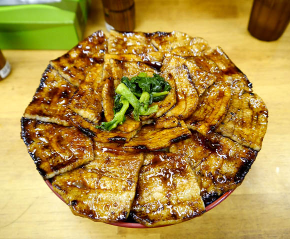 Pile It On! Beef Rice Bowls May be Japan's Favorite Rice Bowl Dish, But This Pork Bowl Certainly Offers a Tasty and Voluminous Alternative