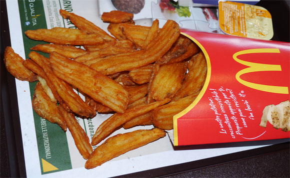 "McD's ""Miami Fries"", Only in Italia! We Went to Have a Taste"