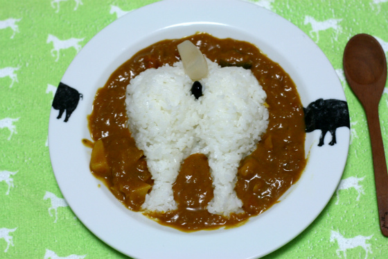 """""""Shiba Inu Plump Booty Curry"""" is the Curry of Choice for Dog-Lovers and Booty-Lovers Alike"""