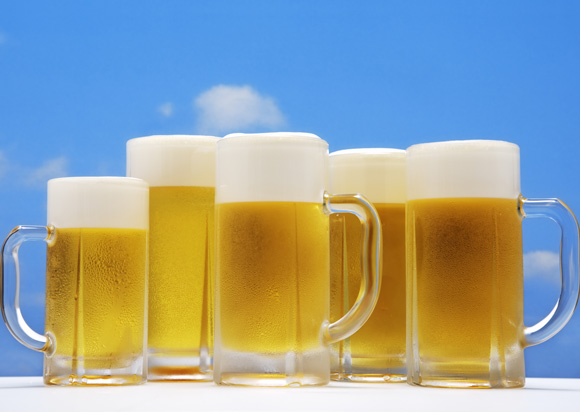 Beer Helps Keep Muscles Strong in Old Age… If You Drink 83 Litres a Day