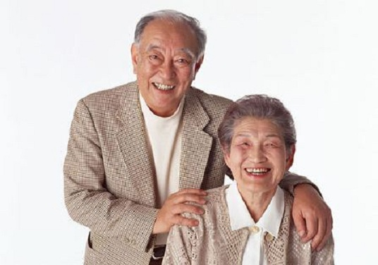 Young People Speak Out: Recent Survey Suggests That Japan's Older Generation's Manners Stink