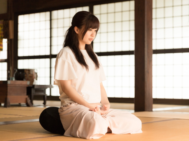 How to Organize Zen? Japanese Buddhists' Adapt to Western Views of Their Religion