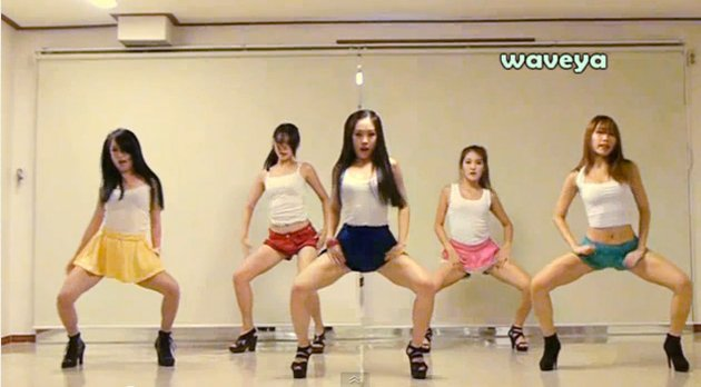 Sexy Dance Performance at Korean All-Boys High School Results in Hormonal Chaos 【Long Version】