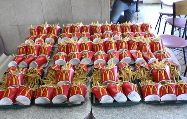 Kids Cause Mayhem at McDonald's, Challenge Themselves to Eat 60 Servings of Fries in One Sitting
