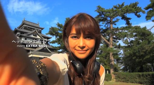 Monday Pick-Me-Up: Cute, Headphone-Wearing Girls Dancing Around Japan!