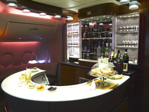 A Shower and Bar on an Airplane?! The Emirates Airbus is More Like a Hotel