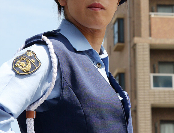 Two Japanese Police Sergeants Arrested for Kissing Female Officers and Demanding they Swap Clothes, Police Were Immediately on the Scene
