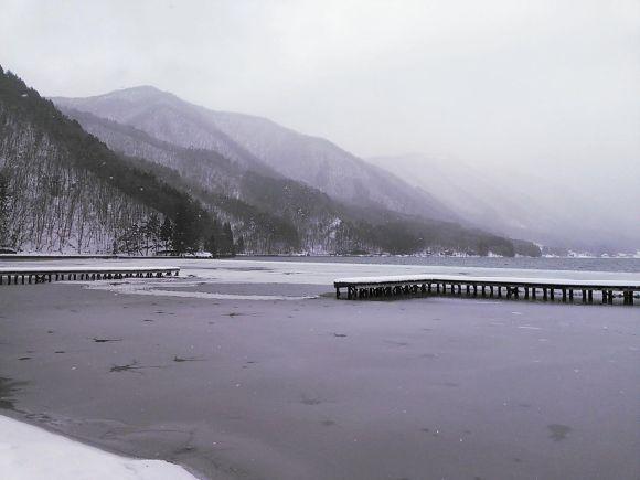 Frozen waves10