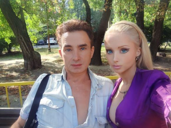 Real-Life Barbie Gives Her Friends and Family a Makeover, Turns Them into Dolls