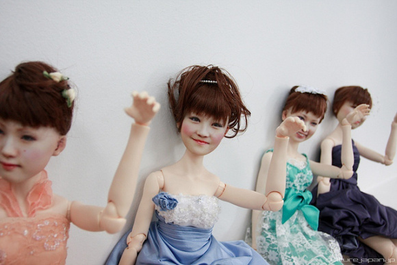 Lifelike 3D dolls in Japan are one part frightening, two parts awesome
