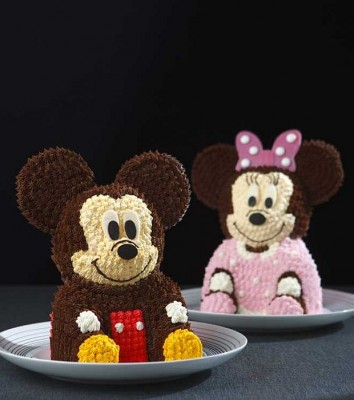 3-D Mickey and Minnie Cakes are Too Cute to Eat!