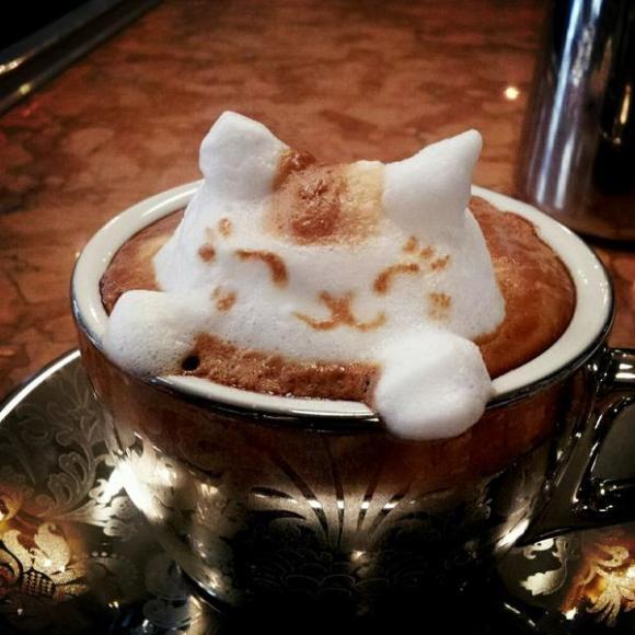 The amazing world of 3-D coffee art!