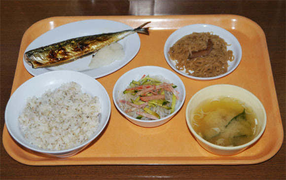 """Ever wondered what Japanese prison food tastes like? Try it firsthand at the """"Prison Cafeteria"""""""