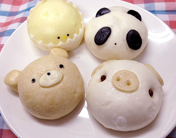 These Chinese-style steamed buns have adorable animal faces