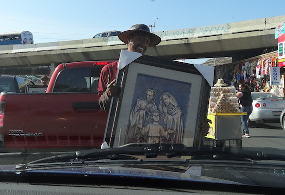 The Mexican street peddlers who make a living selling their wares on the border