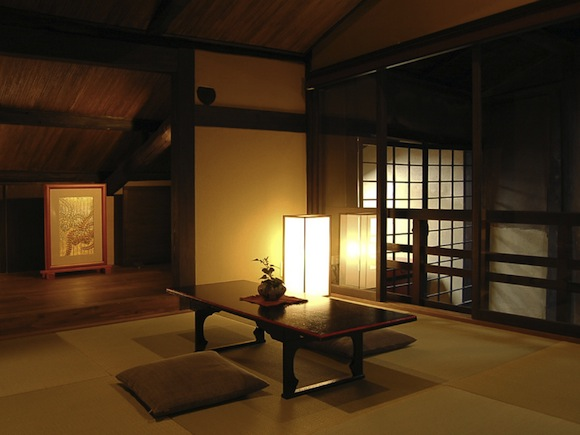 Enjoy Kyoto (Part 1) — Stay in a restored traditional machiya house!