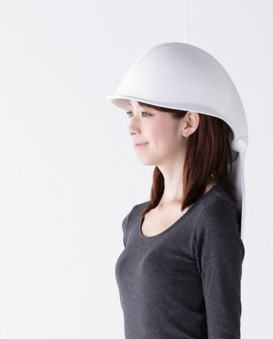 Mamoris: Looks like a toilet, works like a hard hat
