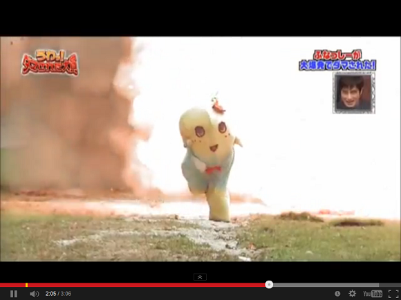 A pear running from explosions: Video of Funasshi fleeing fireballs cracks Japan up【Video】