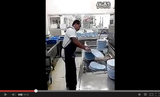 Watch China's fastest dishwasher clean 50 plates in 10 seconds!【Video】