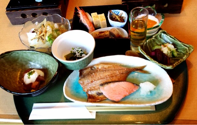 10 Japanese foods you can make at home!