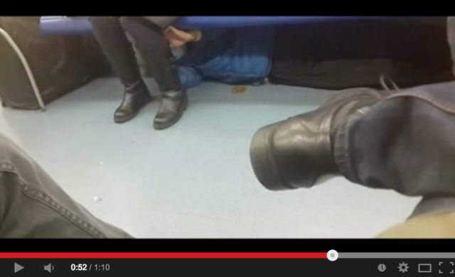 Beijing man caught on camera groping commuter from beneath her seat 【Video】