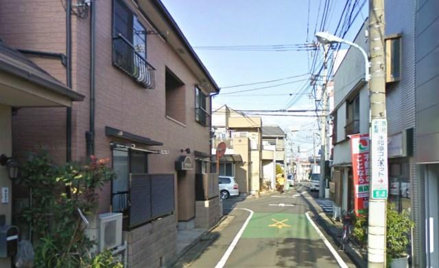 Tokyo woman mugged for 3,000 yen, haggles mugger down to 1,000