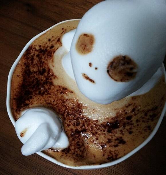 Cappucino art that's out of this world: Twitter cappuccino artist shows off his extraterrestrial skills