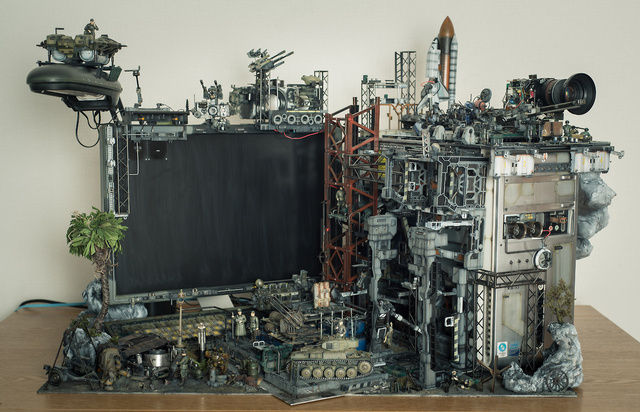 Mind-blowing customized PC impossible to use, beautiful to behold