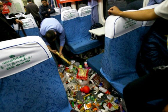 What's worse than overcrowded trains? Overcrowded trains filled with garbage2