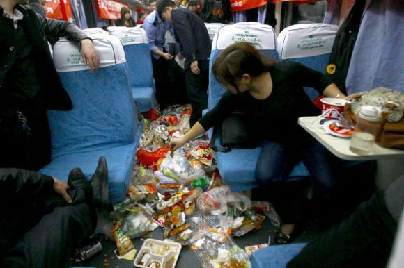 What's worse than overcrowded trains? Overcrowded trains filled with garbage3