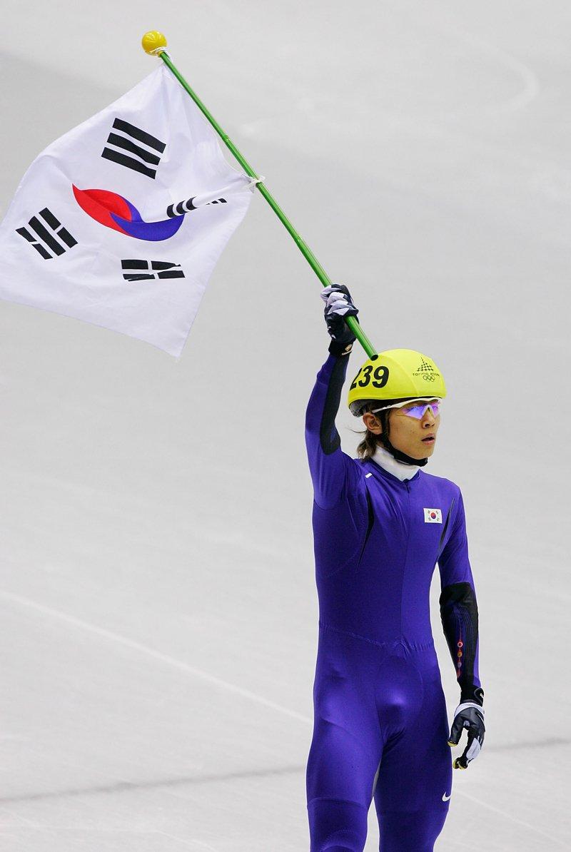 viktor-ahn-korea
