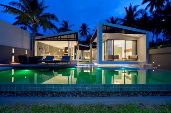 """Siri, my champagne's getting warm!"" Stunning Thai villa combines technology and beach living"