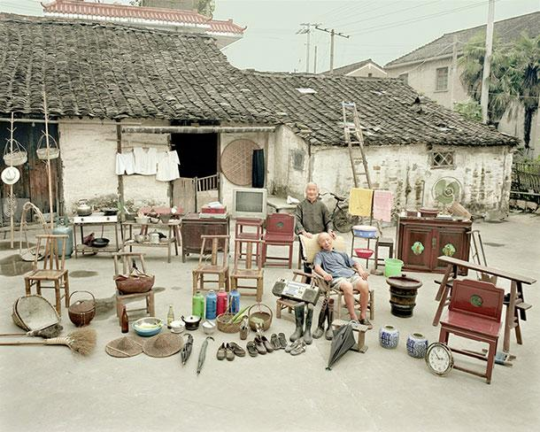 Photo collection shows Chinese families with everything they own