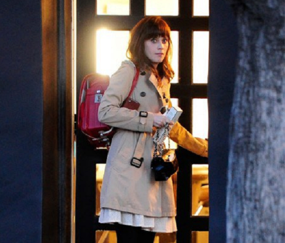 Zooey Deschanel's trendy new bag makes her look like she mugged a Japanese grade schooler