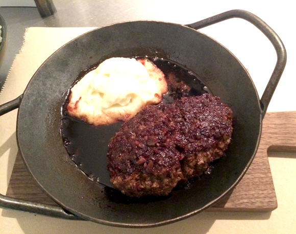 Tokyo custom hamburger steak restaurant is all about choices, and all of them are delicious