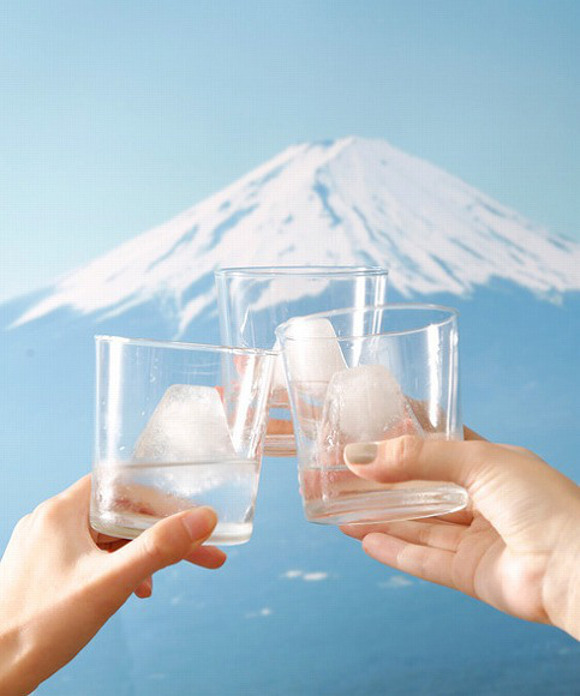 Enjoy a view of Mt Fuji from anywhere in the world with these new ice souvenirs