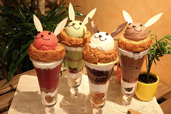Hop on over to Ginza for adorable bunny rabbit parfaits and cream puffs