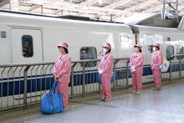 Race against the clock: Shinkansen staff have just 7 minutes to get bullet train ready to ride