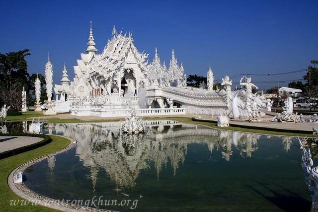 Doraemon in Nirvana: Chiang Rai's White Temple like a beautiful, bad pop culture pipe dream 【Photos】