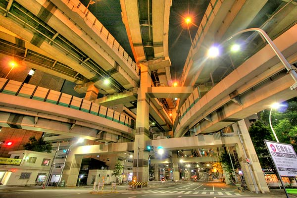 No, a bridge didn't collapse – Tokyo's crazy Hakozaki highway junction really looks like this