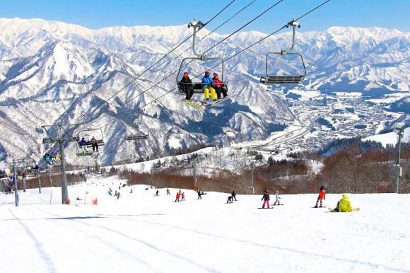 Gala Yuzawa Snow Ski Resort, Niigata, ski lift Diligence