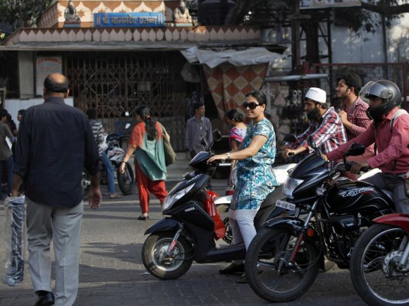 one-person-died-on-the-road-in-india-every-three-minutes-in-2012