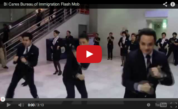 """The Philippines Bureau of Immigration is so """"Happy"""" to see you, they're flash-mobbing"""