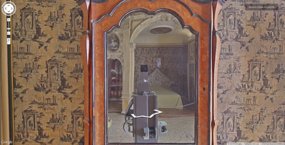 Google's Street View cameras are taking spooky selfies in museums around the world7