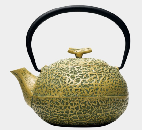 Unlike Japan's other expensive melons, you can use this cast-iron one to brew tea