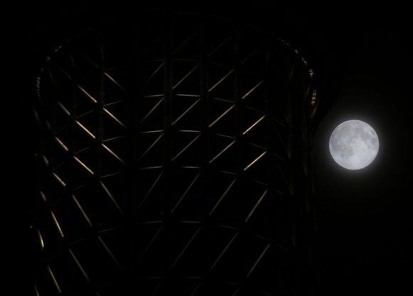 Stunning Photos Of The Supermoon7