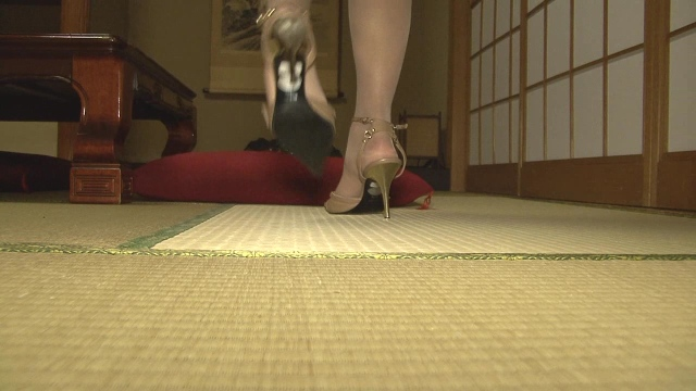 """""""Office lady in heels walking on tatami"""": The mysterious world of Japanese fetishism"""