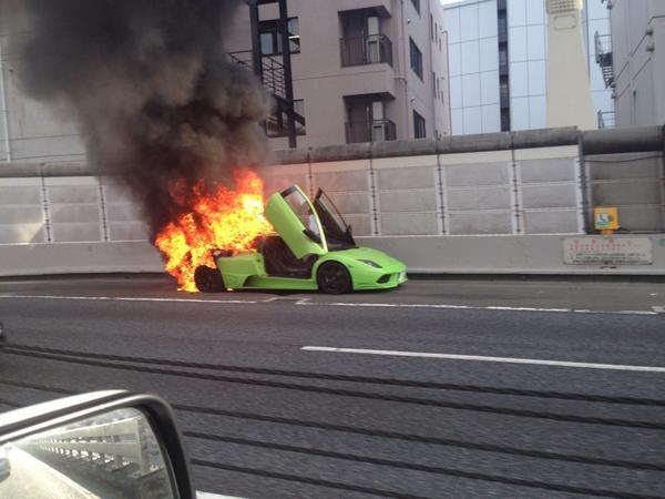 Lamborghini Murcielago was such a hot ride it burned to death on the Tokyo expressway