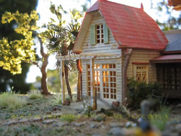 Amazing papercraft Totoro house has 1,800 roof tiles, immeasurable love for Ghibli