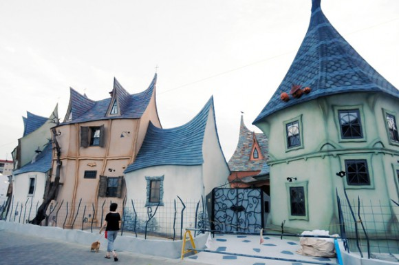 These houses and cafes in Japan will teleport you into the world of your favorite fairy tales